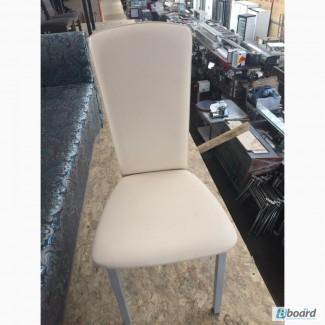 Продам бежевые стулья для кафе, ресторана