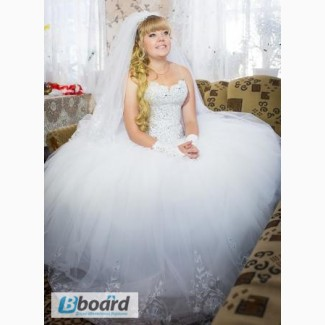 Сказочно красивое свадебное платье