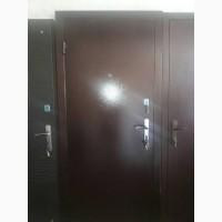 Продам двери входные уличные с молотковым покрытием