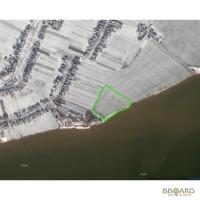 Продам земельный участок на берегу моря, 200 метров от села