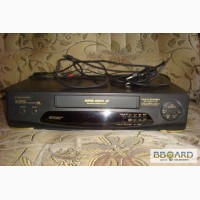 Продам видеомагнитофон Panasonic NV-SD205