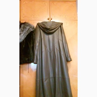 Итальянское кожаное пальто на сезон осень-зима (утепленное)