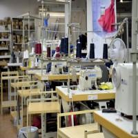 Швеи с опытом работы. Пошив женской одежды