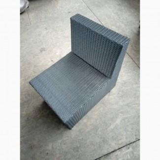Продам б/у кресла из искусственного ротанга