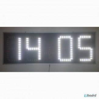 Электронные широкоформатные часы