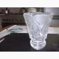Хрустальная вазочка лепесток