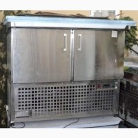Стол холодильный б/у две двери Украина
