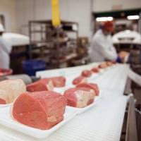 Требуются мужчины на мясокомбинат в Латвии