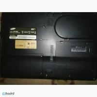 Samsung R25+ на запчасти зарядка,батарея,жесткий диск,монитор в норме