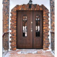 Входную Дверь с Ковкой и Стеклопакетом/Окном