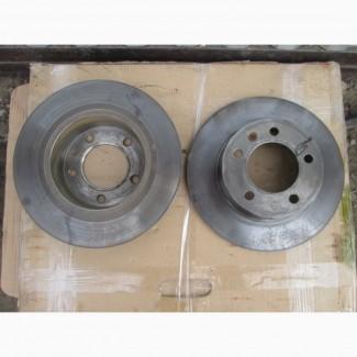 Гальмівний диск задній Nissan Interstar 2003-2010
