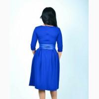 Нарядные красивые платья миди синего, алого, темно-красного и темно-зеленого цвета