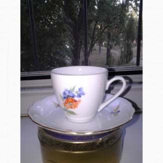 Пара фарфоровых чашек