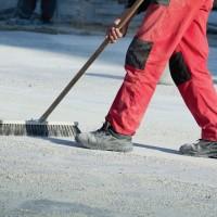 Работа для мужчин на уборке промышленной территории в Германии