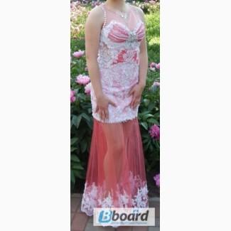 Продам шикарное платье для выпускного вечера, торжественного мероприятия