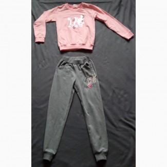 Продам спортивный детский костюм для девочки