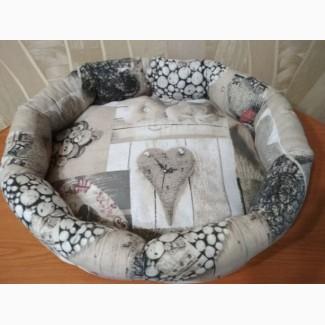 Лежак, спальное место для домашнего питомца