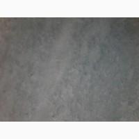 Пол из натурального мрамора гармонично сочетается с обстановкой в интерьере