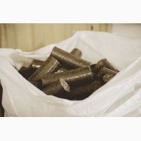 Качественные топливные брикеты из лузги подсолнуха нестро в мешках с доставкой в Запорожье