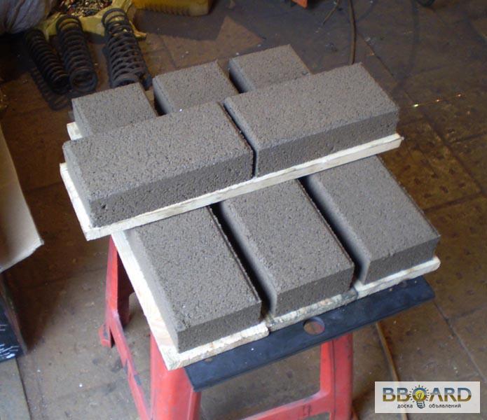 Фото к объявлению: вибропресс для производства тротуарной плитки для бизнесса Тандем -2 - Bboard