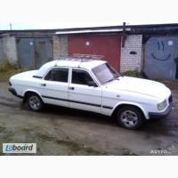 Водитель со своей машиной Волга 31