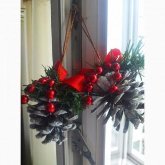 Новогодние украшения шишки гирлянды натуральные в декоре