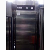 Продам холодильный б/у шкаф для кафе