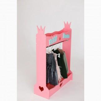 Вешалка для детской одежды) крутая вещь в интерьере детской)