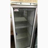 Продается холодильный шкаф для напитков со стеклом б/у Италия