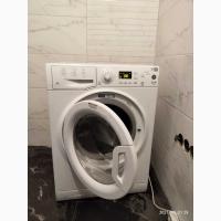 Срочно!!! продам стиральную машину Ariston Hotpoint WMSG601 (Б/У)