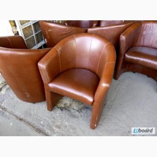 Продам недорого б/у стул кресла с подлокотниками для кафе, бара, ресторана