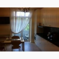Сдается просторная, раздельная 3-х комнатная квартира Соломенске